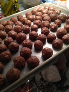 THE BEST: Homemade protein balls